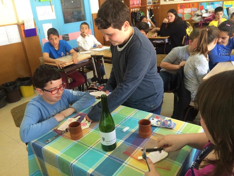 A  restaurant in class! 6è primària