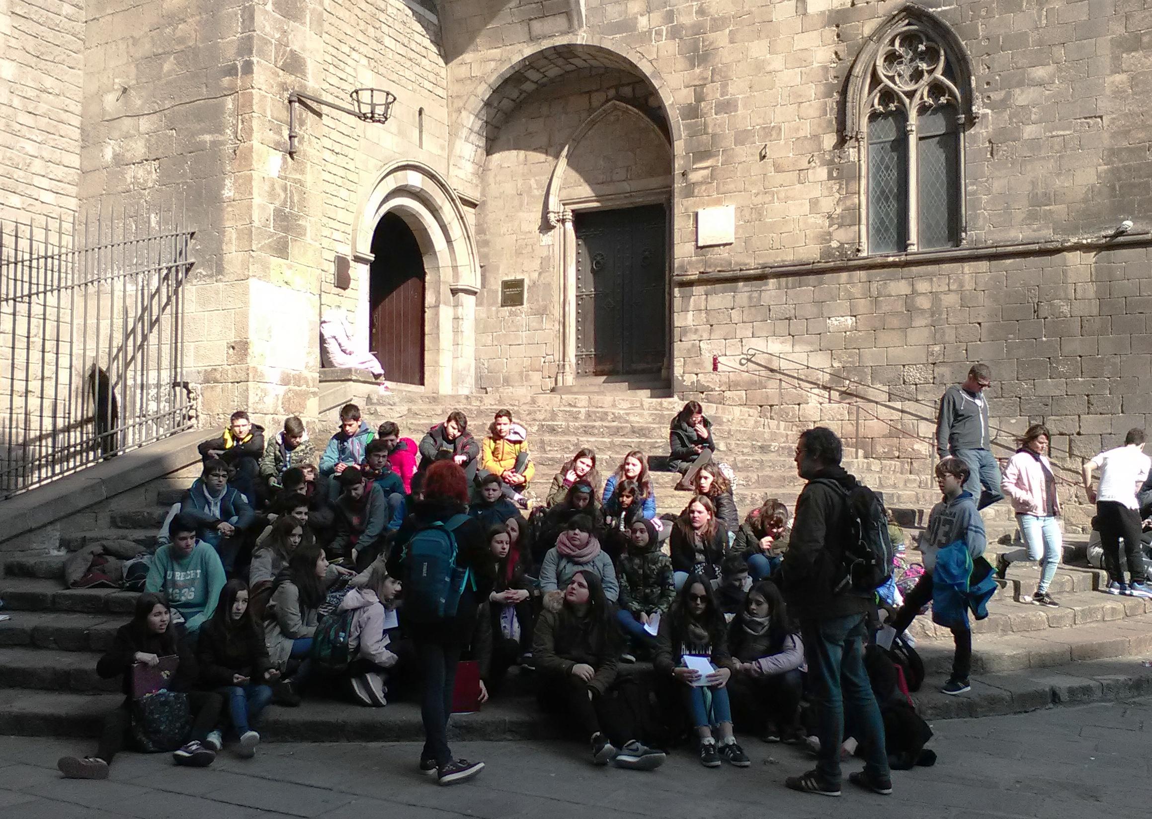Els alumnes de 2n d'ESO descobreixen els barris Gòtic i de la Ribera (BCN)