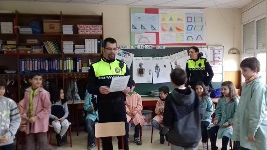 Policia a l'escola -4t Margalló i 4t Ginesta-