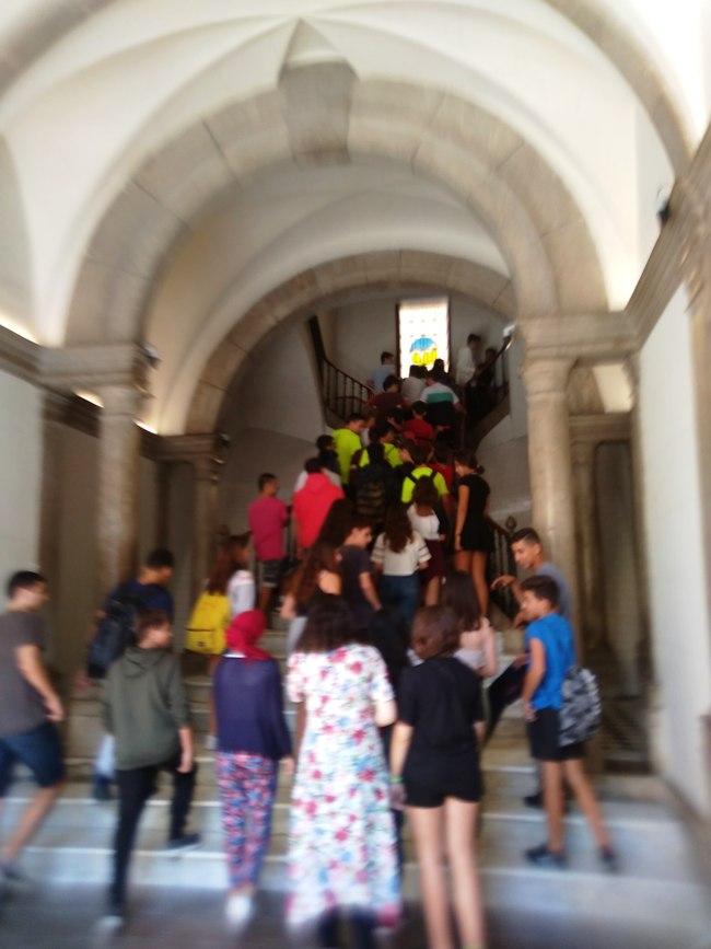 Foto escala alumnes