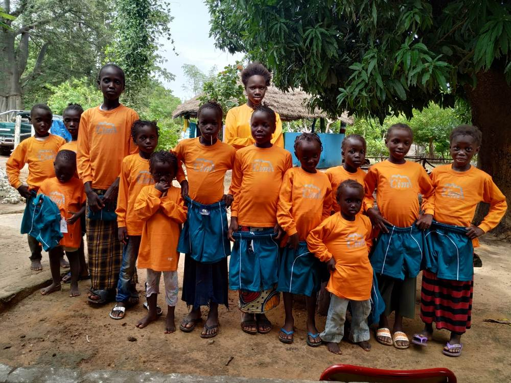 Xandalls del Cim a Gàmbia